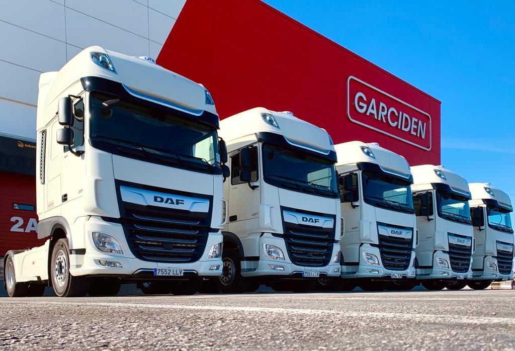 GARCIDEN a través de su línea de negocio de ADLOGISTICS, amplía su flota de vehículos con la adquisición de nuevas tractoras marca DAF.